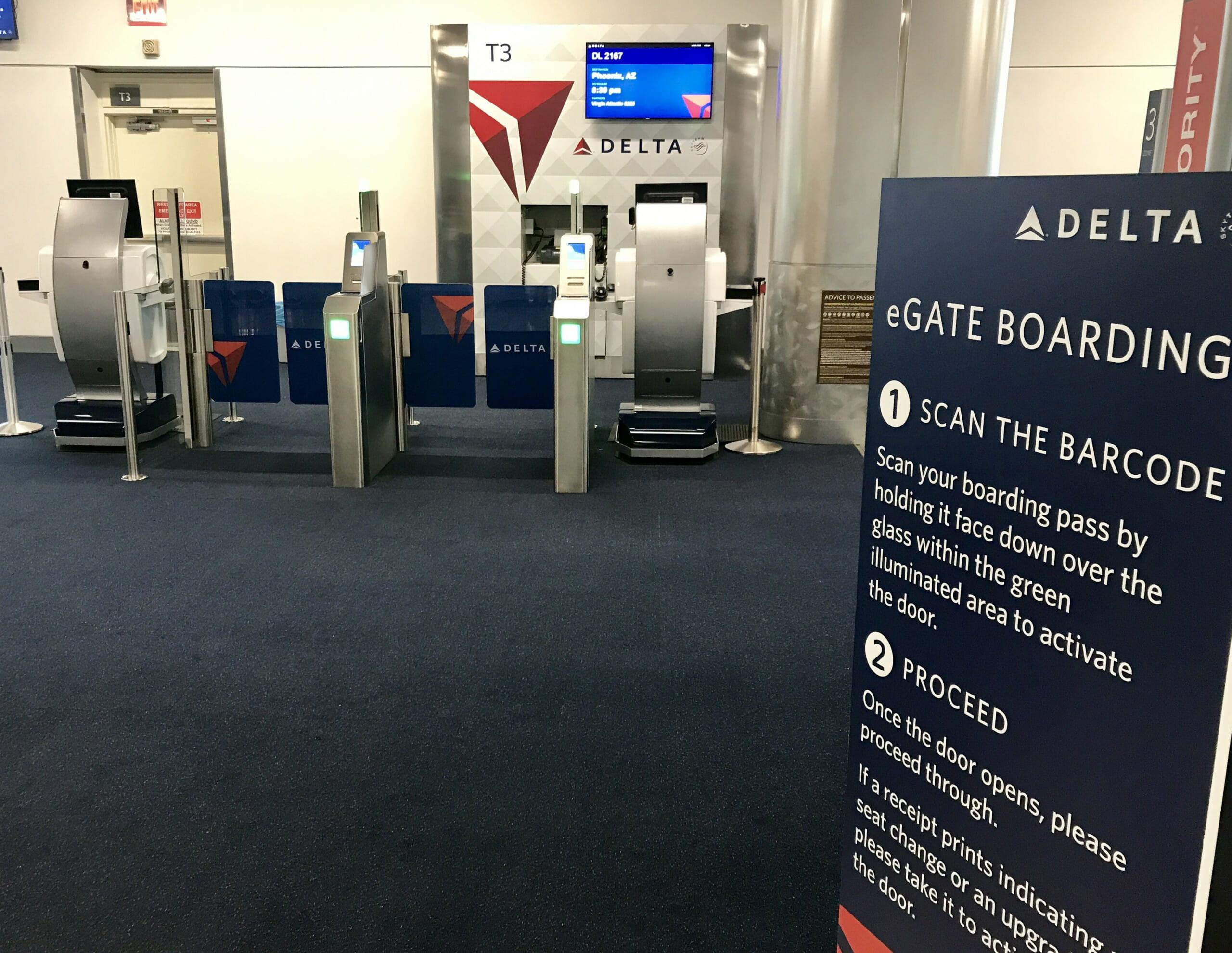 Delta eGate boarding in ATL