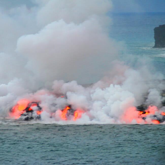 Kīlauea lava into ocean